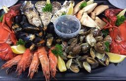 plateau fruit de mer met kingkrab